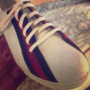 Gucci ladies tennis shoes